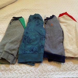 Boys 4T crew neck sweatshirts (set of 4) 🦖